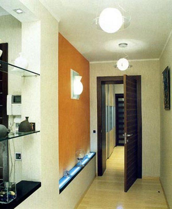 Освещение для прихожей и коридора фото.